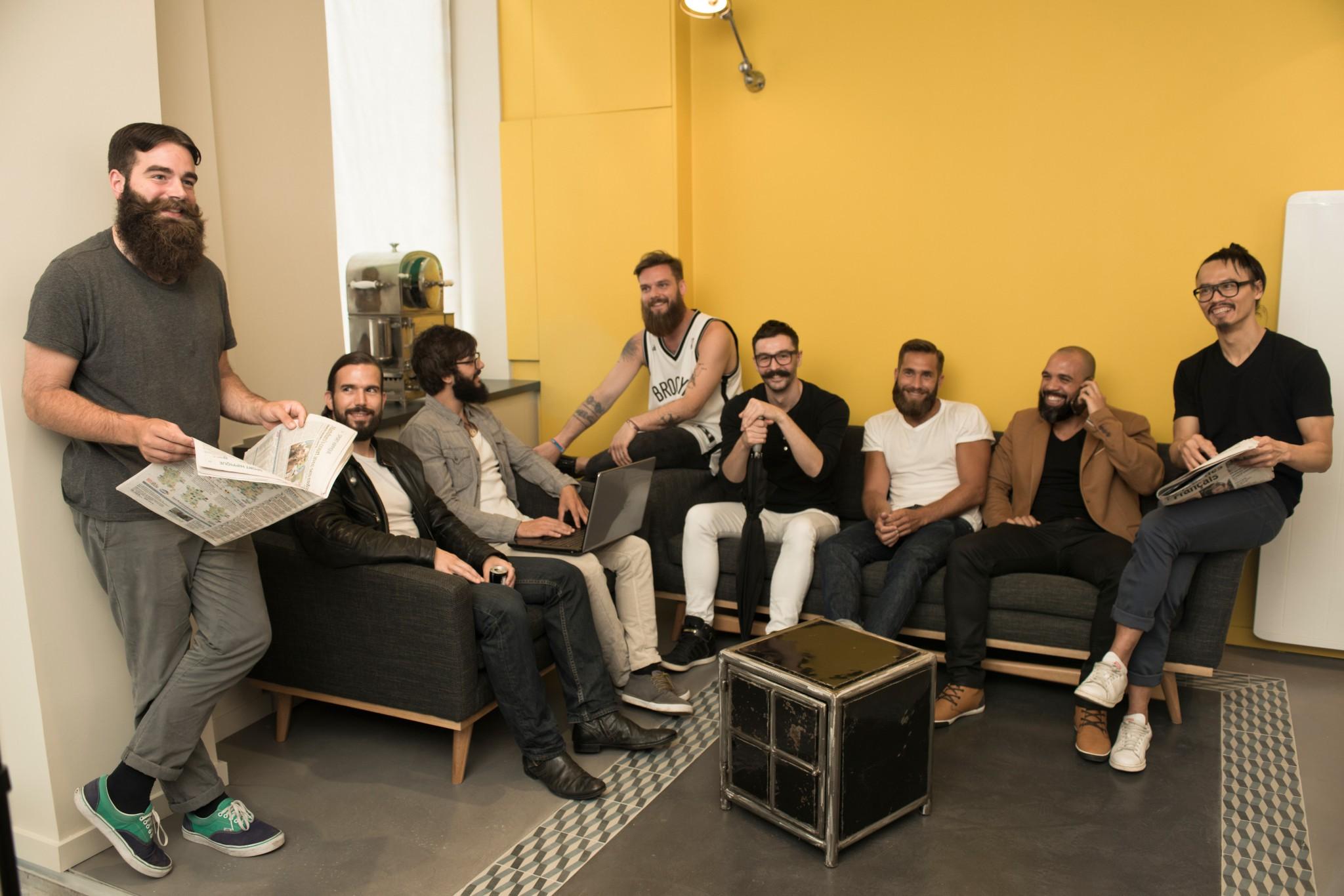 barbier barbe moustache paris orl ans pour homme. Black Bedroom Furniture Sets. Home Design Ideas