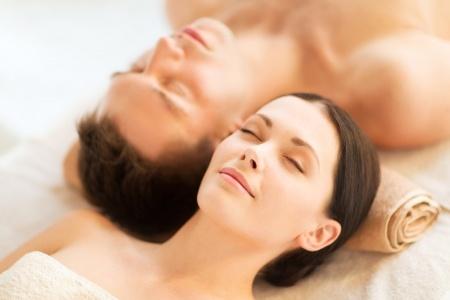 Massage en duo ou en solo pour la saint valentin - Salon de massage pour couple ...