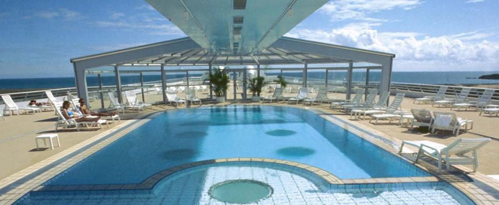 Miramar la cigale morbihan thalasso spa for Thalasso quiberon piscine