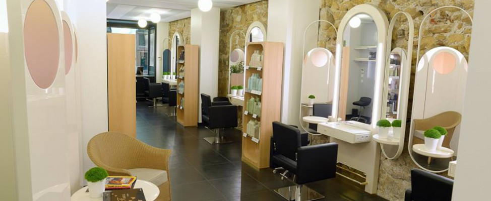 Saravy coiffure paris montorgueil for Salon de coiffure st sauveur