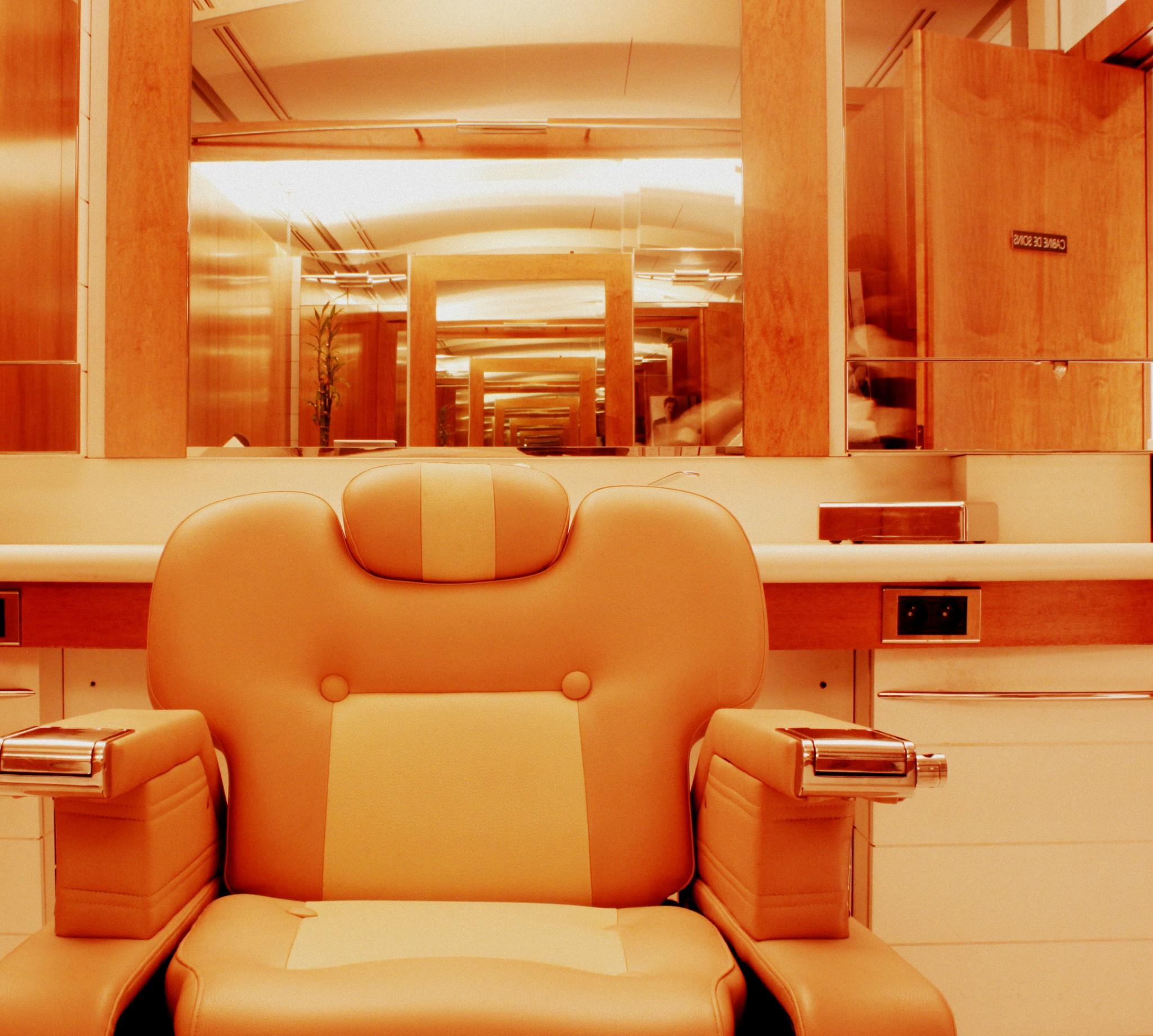 forfait f te des p res fils cercle delacre coiffeur paris 8 me. Black Bedroom Furniture Sets. Home Design Ideas